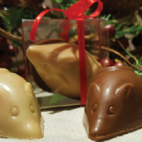 Milk & White Chocolate Mice  House Pralines